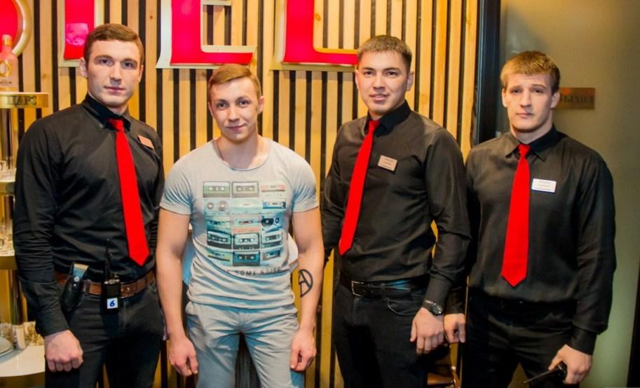 Охранник в ночной клуб новосибирска вакансии клуба спартак москва